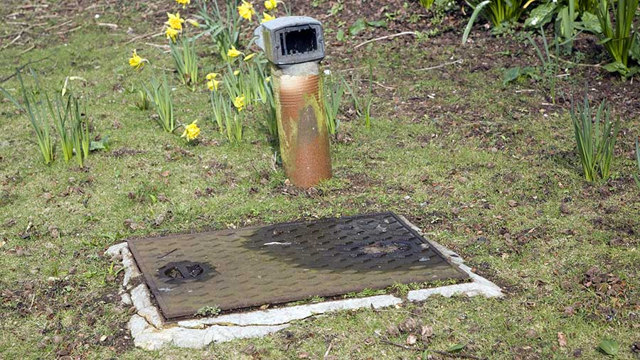 Septic tank vent - Greater Houston Septic Tank & Sewer Experts